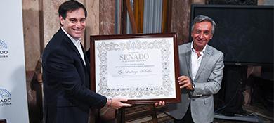 El Senado distinguió a Santiago Bilinkis: