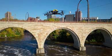 Intel propone sus drones para la inspección de puentes en Estados Unidos